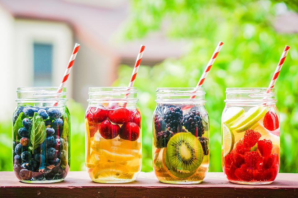 Zelf fruit water maken - 4 lekkere recepten