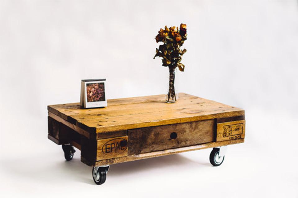 Pallet Bed Maken  Geniale bed modellen gemaakt van houten pallets