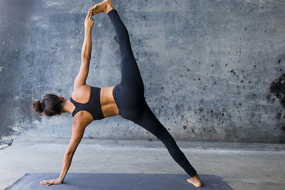 Yoga oefeningen tegen stress - 5 yogahoudingen die stress tegengaan